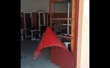 Άγνωστοι βανδάλισαν το δημοτικό γυμναστήριο βαρών στο γήπεδο Νάουσας(video)